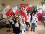 Przedszkolaki śpiewały o ojczyźnie
